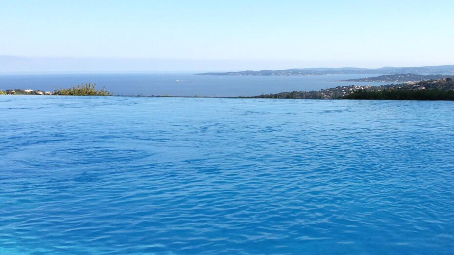 location-appartement-piscine-les-issambres